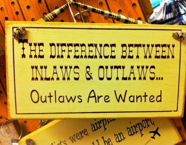 Inlaws and outlaws, Nicholasngkw/Flickr.com